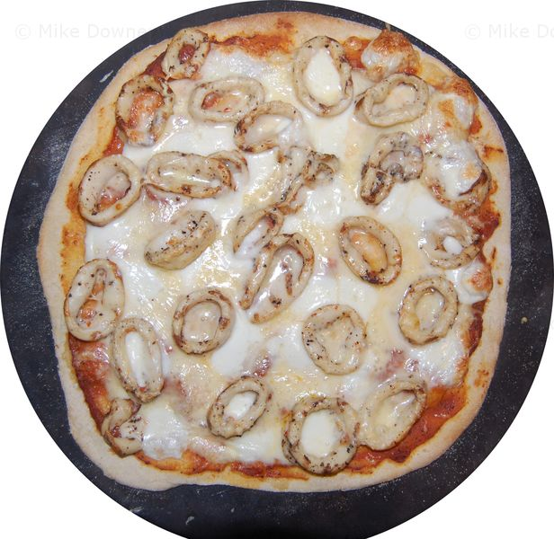 calamari pizza