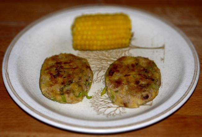 Tuna and chickpea burgers